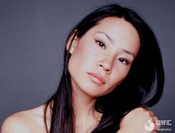 《致命女人》里的刘玉玲,46岁的她竟被爆出有一个儿子? 原来是这么来的